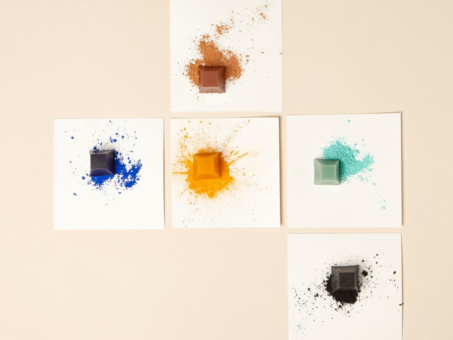 Make Your Own: Find instructions for Merel Karhof's 'Krijtjes' - Little Crayons - Project in Make
