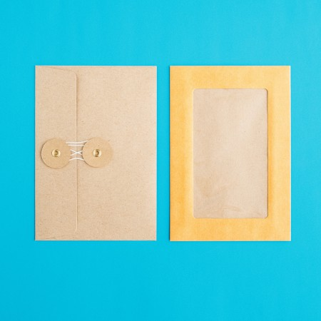 Midori Medium Kraft Paper Envelopes - Orange Horizontal Window