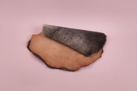 Organic Tanned Shearling Sheepskin - 1/2