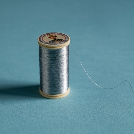 Fil au Chinois Metallic Thread - Silver