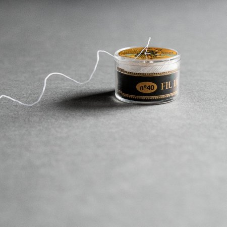 Fil Au Chinois Waxed Linen Thread - Size 40 - Ecru